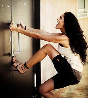 porta di casa bloccata roma