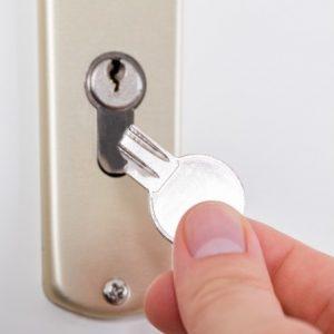 estrarre chiave spezzata dalla serratura senza fabbro